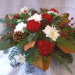 traditional-centerpiece-1323464045-jpg