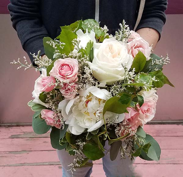 Gentil White Garden Rose And Peony Bouquet With Pink Mini Roses