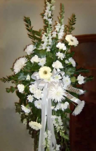 Easel Tribute with Snapdragons, Large Gerbera Daisy,  Fuji Mums, Carnations, and Pom Mums